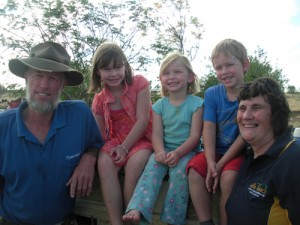 Shoalhaven grandparents lend a hand in the outback