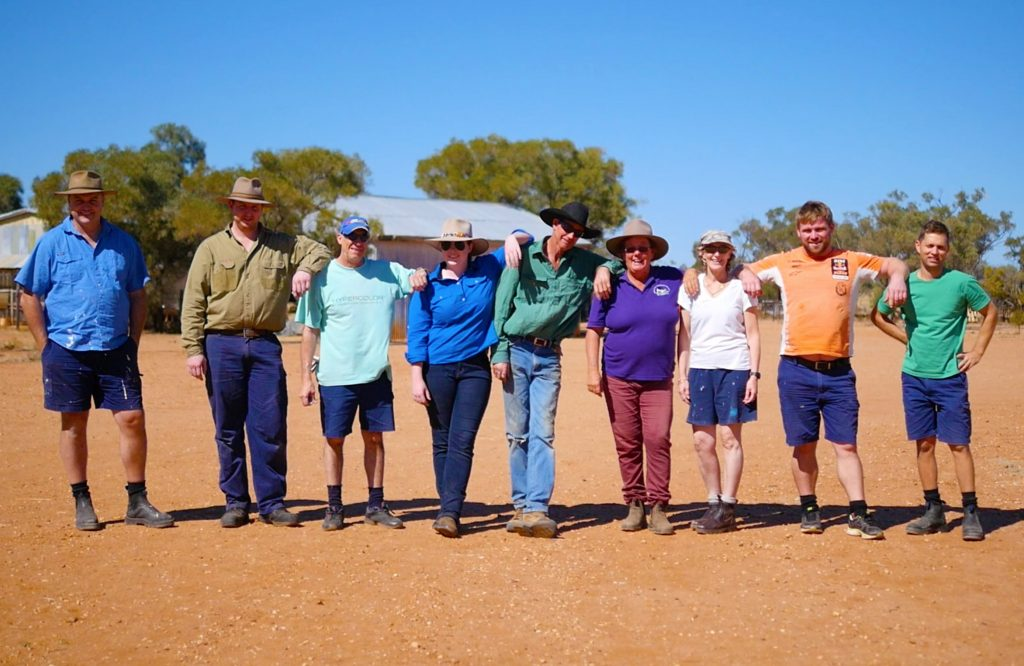 Outback Links Volunteers - Frontier Services - Remote Australia